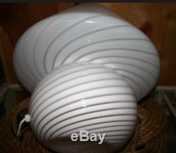 Murano Mushroom Hand Blown White Swirl One Piece Glass Lamp midcentury-Excellent