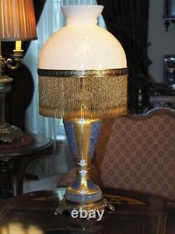 Venetian Murano Glass Lamp Hand blown Signed Gilt 24k Gold 1920s Beaded Shade
