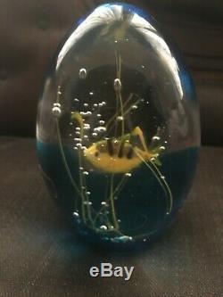 Vintage OGGETTI Glass Fish Aquarium Paperweight signed Elio Raffaeli