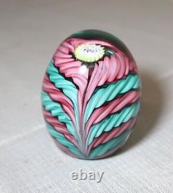 Vintage hand blown ITALIAN Murano art studio glass egg shaped paperweight